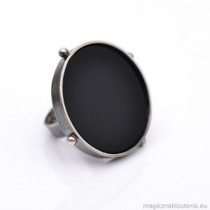 Czarny Staw 2, pierścionek z Onyksem